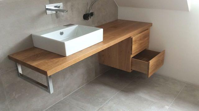 Badmöbel - Gestaltung in Holz