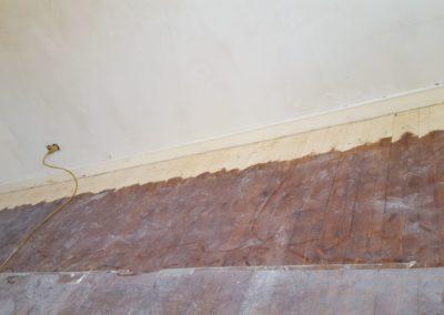 Sanierung von lackierten Holzböden