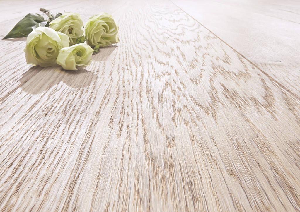 Joka Böden bei Gestaltung in Holz